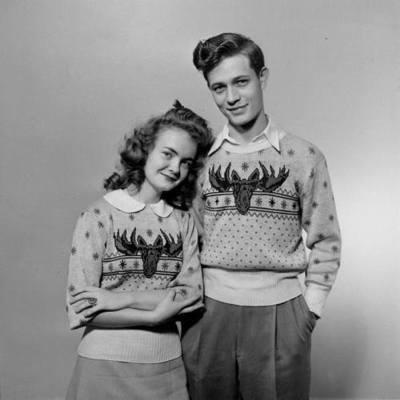 Matching moose sweaters uit de jaren 40 :p