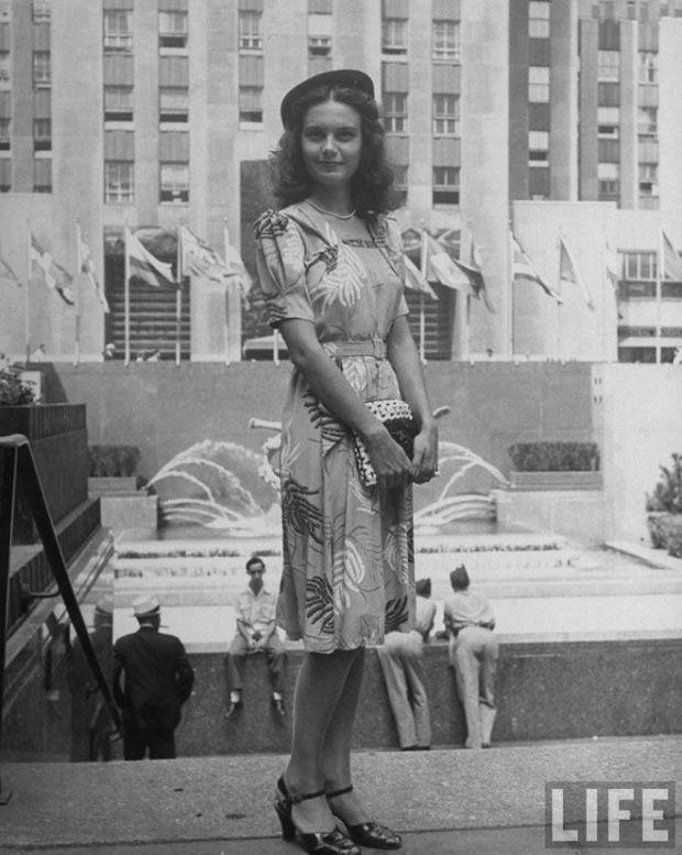New York street style, 1944. LIFE magezine.