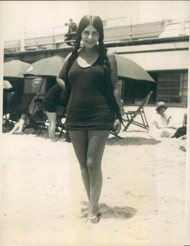 Long Beach, California, 1923.