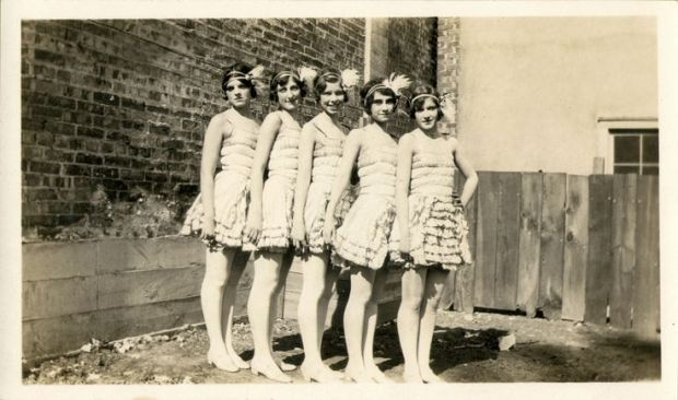 Flappers girls, 1926.