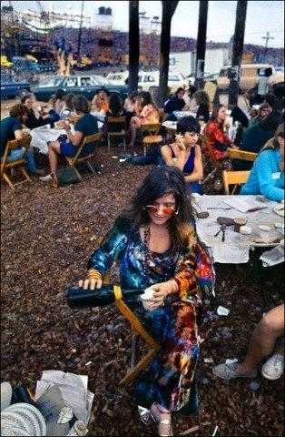 Janis Joplin backstage, Woodstock 1969.