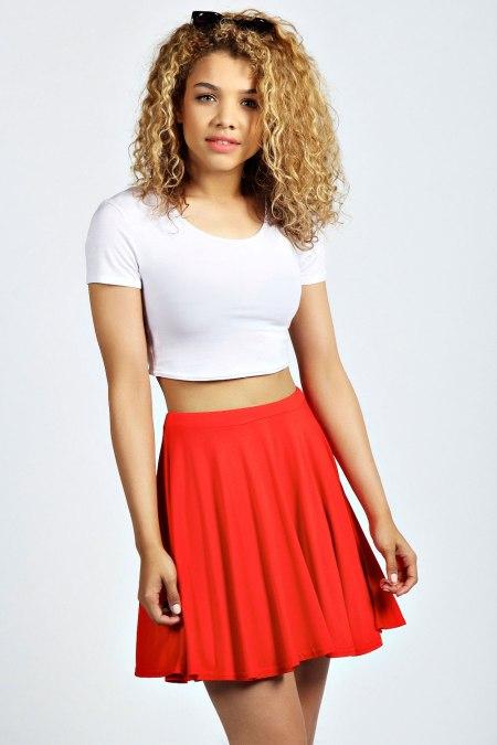 Carey Flippy Jersey Skater Skirt, € 12,00.