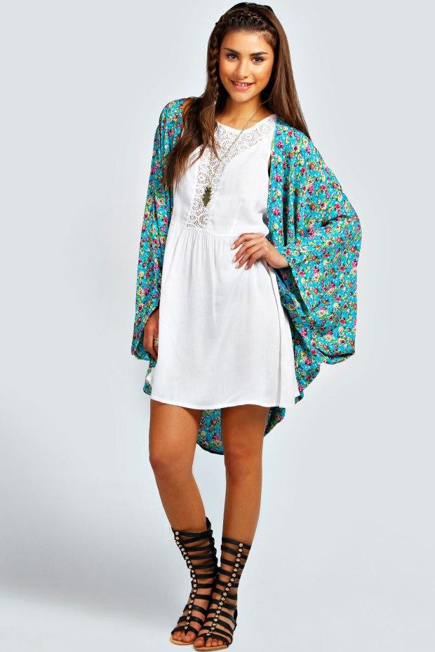 Adria Barwing Kimono Jacket in Turquoise Blue, €15,99