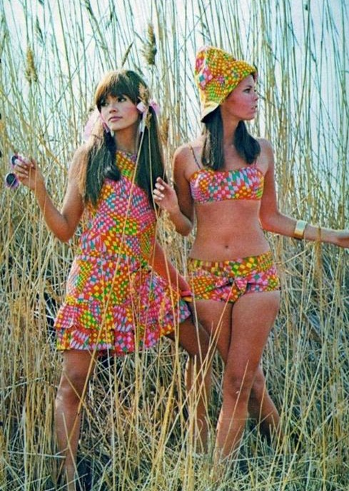 Psychedelic '60s summer fashions.