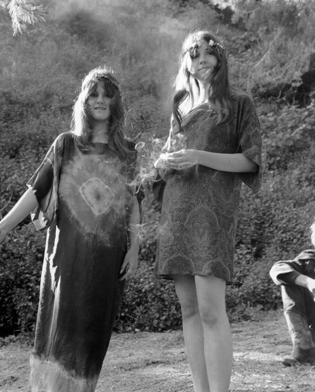 Relaxed hippie frocks, late 1960s.