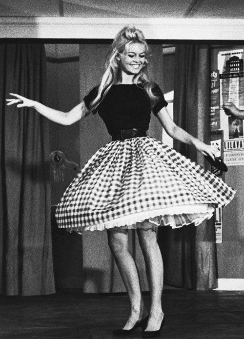 Brigitte Bardot wearing 60's summer fashion.