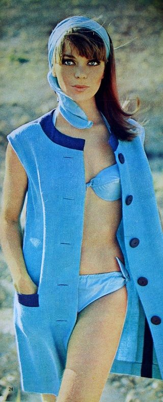 Summer blue beach fashion, Margriet (Dutch magazine), July 1966.