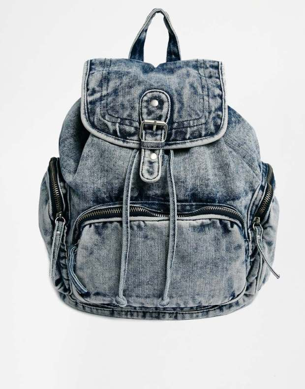 New Look Acid Denim Backpack in Light Blue €35.70
