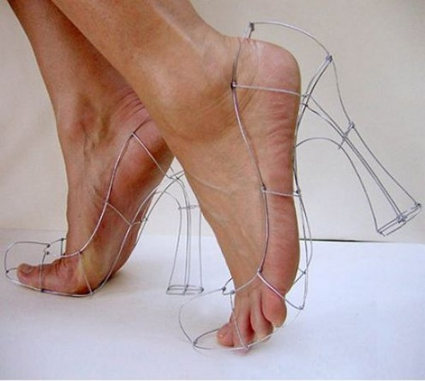 THE-WEIRDEST-SHOES-OF-THIS-WORLD-21