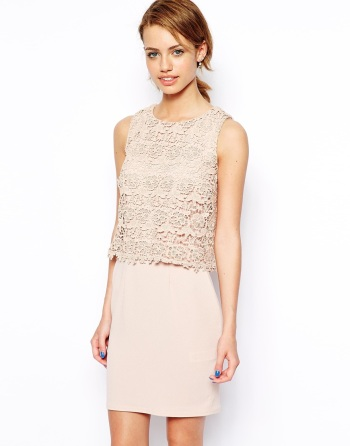 New Look crochet 2 in 1 shift dress. Nu in de sale voor €31,28.
