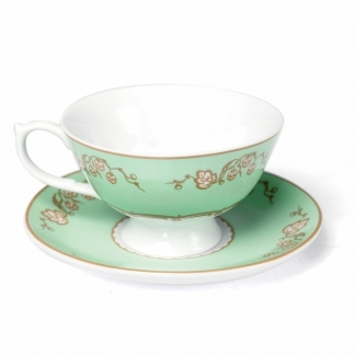 Vintage green Cup & Saucer, €9,95. Deze is