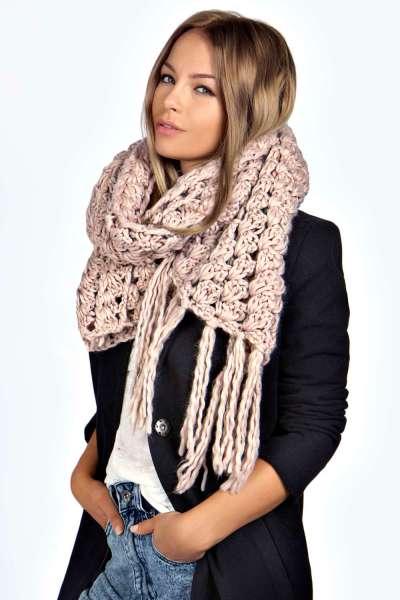 Harper Chunky Knit Scarf in Purple €20,00. Héérlijke sjaal!