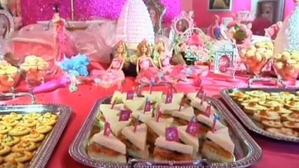 Barbie-Cafe1