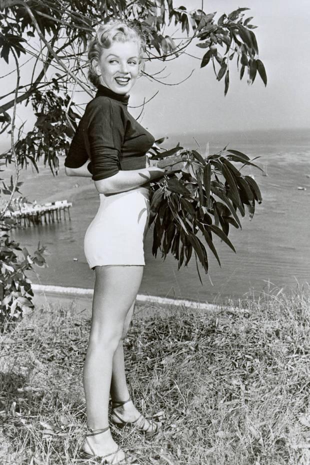 elle-18-marilyn-monroe-xln