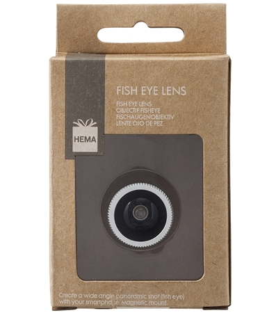 Fish Eye Lens. Een groothoekfoto zonder dure lens! Deze magnetische lens plak je gewoon op je smartphone of tablet voor foto's met een perspectief van 180º. Met opbergkoord en lensdop €4,00.