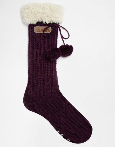 Bedroom Athletics Geena Faux Fur Trimmed Purple Slipper Socks €25.71 Perfect voor een cozy day in!