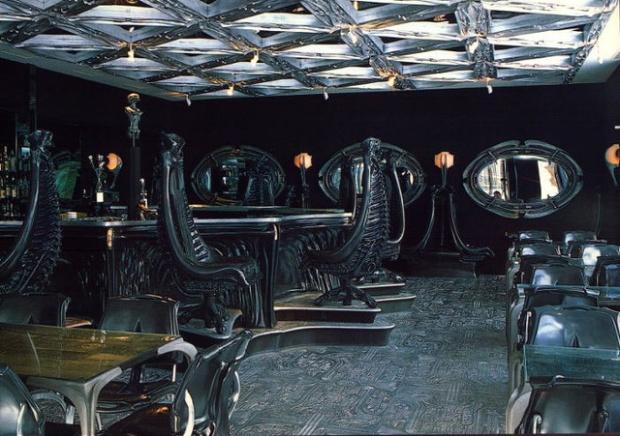 Most-bizarre-bars-and-restaurants-1345