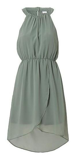 VERO MODA dames jurk gemaakt van een dun en licht transparant geweven polyester kwaliteit. Het model heeft een ronde hals met aan de achterkant een split met knoopsluiting en is mouwloos. De jurk heeft een elastische inzet in de taille en de top van de jurk is aansluitend. De rok van de jurk valt iets wijder en is aan de achterkant langer dan aan de voorkant. Lichtgroen.