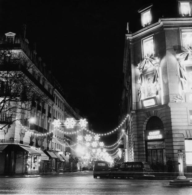 More Christmas magic in Parijs, Rue Royale, 1966.