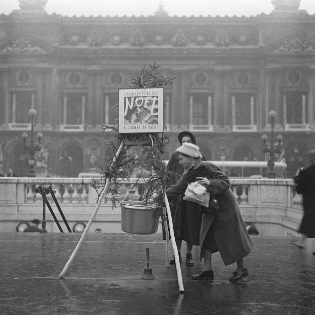 Kerstdonaties verzamelen, 1956.