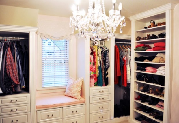 California-Closets-White-Gloss-Master-Walk-In-Closet-640x440