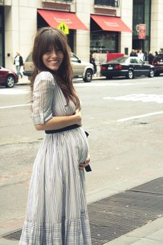 Práchtig en stijlvol zwanger is deze geweldige maxi dress.