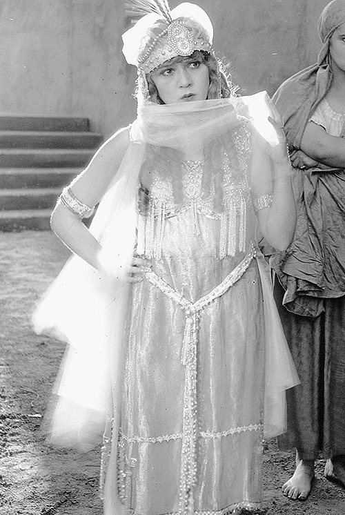 Mary Pickford in 'The Little Princesss', 1917.
