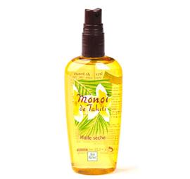 Beleef het plezier van een droge olie met een heerlijk, exotisch parfum. Sluit je ogen en je waant zich direct op een Tahitiaans palmenstrand. Ervaar de weldaad van Monoï de Tahiti met deze exotisch geurende droge olie. Zodra je de sensuele textuur op je huid of haar sprayt, trekt de olie direct in en ruikt je de vakantie ! De huid is zacht en soepel, wordt intensief gehydrateerd en je zongebruinde teint wordt nog dieper. Het haar gaat glanzen en ruikt heerlijk. Pluspunt : de textuur versmelt moeiteloos met de huid. Plantaardig bestanddeel : Monoï de Tahiti. Bevat geen minerale olie of parabenen. Prachtig op je bruine benen! Ook heerlijk in je haar, al vind ik dit vooral een aanrader als je haar écht heel droog is, of voor als je krullen hebt. Je haar zal anders wat te vettig gaan aanvoelen. Een klein beetje in de puntjes werkt als een prima verzorgend serum. En hoe heerlijk is het om deze geur ook in je haar te hebben?