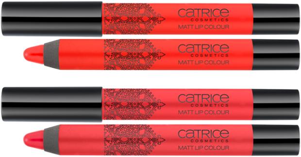 Zonsondergang. De heldere nuances van de Matt Lip Colours maken een waar statement. De twee moderne roodtinten hebben een matte textuur en een overweldigende sensualiteit. Bijzonder praktisch: beide versies zijn verkrijgbaar als chubby pen. Een geweldige dekking en absoluut onweerstaanbaar! Verkrijgbaar in: C01 Nomaddicted To Red en C02 Urban Red.
