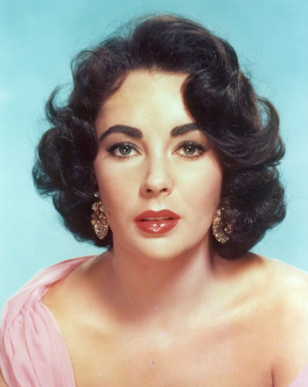 Elizabeth-Taylor-50s-Hair-Icon-796x1024