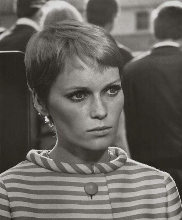 Mia Farrow's Pixie Cut, 1960s (2)