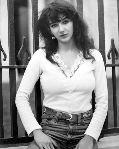 Kate Bush, 1978.