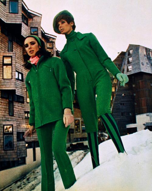 Wintermode uit de Franse Elle, januari 1969.