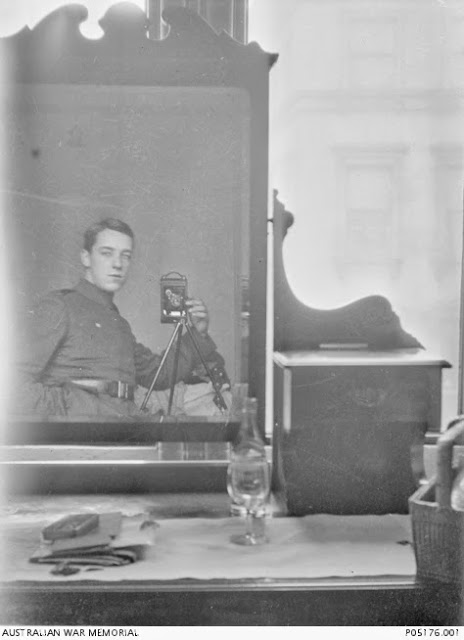 Mirror Self Portraits from the Early Days of Photography (13)