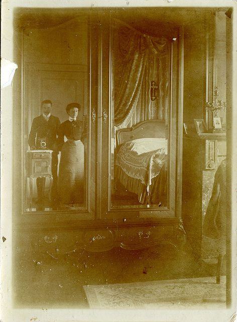 Mirror Self Portraits from the Early Days of Photography (17)