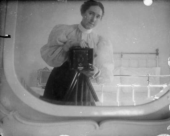 Mirror Self Portraits from the Early Days of Photography (5)